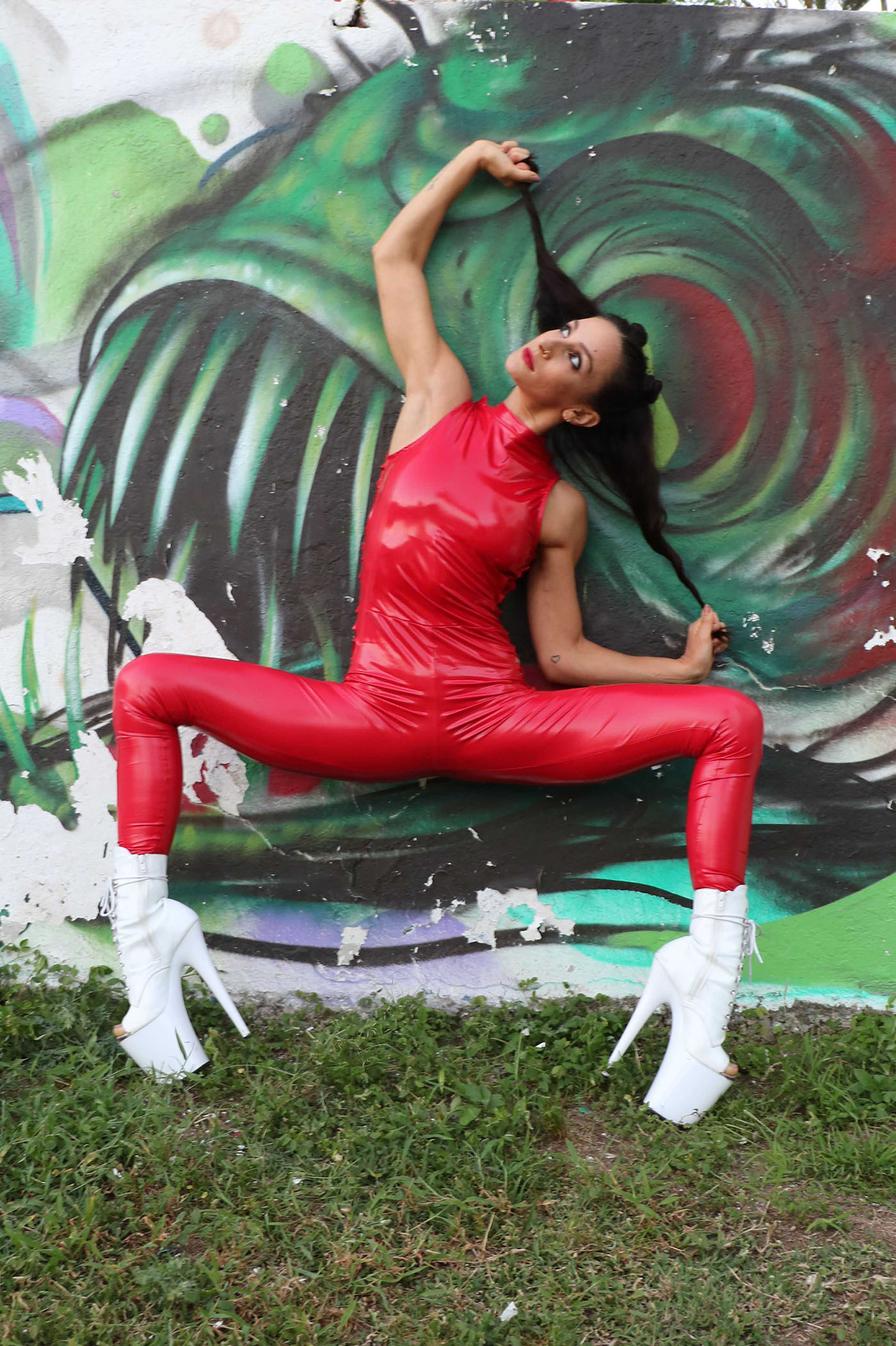 Vinyl Slashed Red Catsuit Kelly Maglia